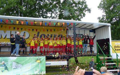 JO13-1 KNVB Zwaluwenbeker in de pocket!!!!!!