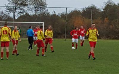 Drogeham 2 in doelpuntrijk duel langs Niekerk 3